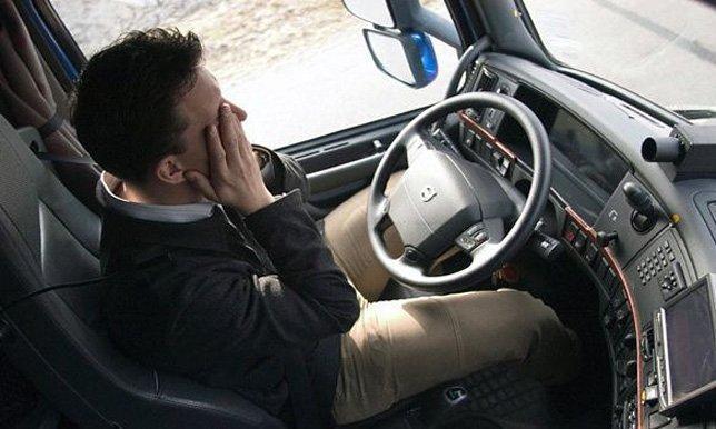 فتح اقفال السيارات بالكويت